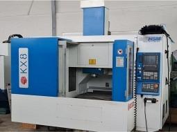 Huron KX8 Bearbeitungszentrum  Spindel 24000/um/min