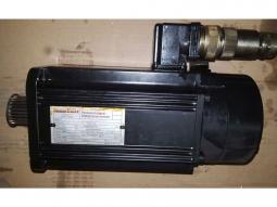 Indramat MAC 071B-0-PS-2-C / 095-A-0 Permanentmagnet-Drehstromservomotor_1