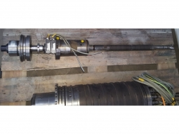Kessler Werkzeugspanner mit Drehdurchführung aus DMS 100.AL.4.FOM Motorspindel aus DMC 100V